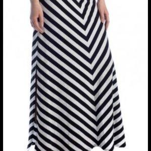LC Lauren Conrad chevron maxi skirt. Medium
